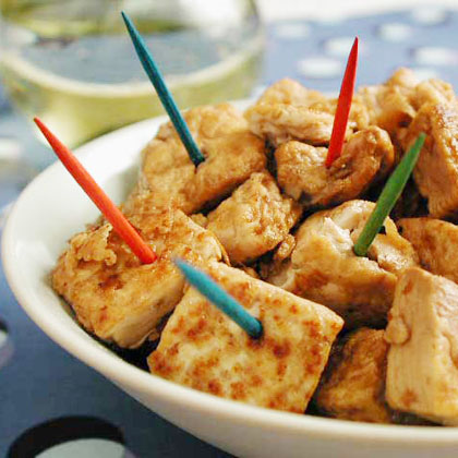 Tofu Bites RecipeThis 5-ingredient snack features tofu, a high-protein and low saturated-fat superfood. Enjoy the individual cubes on their own or on top of a salad for a healthy meatless supper.