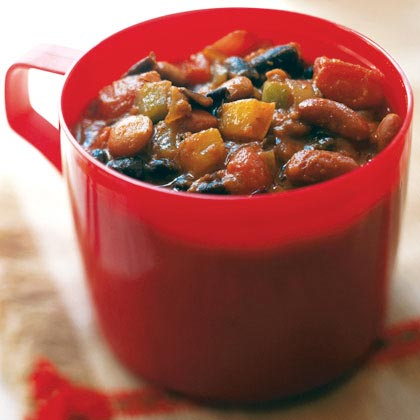 Chunky Vegetarian Chili RecipeThis three-bean, meat-free recipe will please vegetarians and meat lovers alike. It's packed full of fiber, cooks in under an hour and easily doubles to feed a crowd. It also freezes beautifully for terrific leftovers later on.