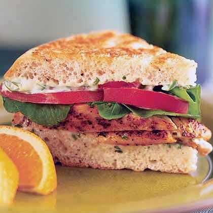 Spicy Chicken and Arugula Sandwich