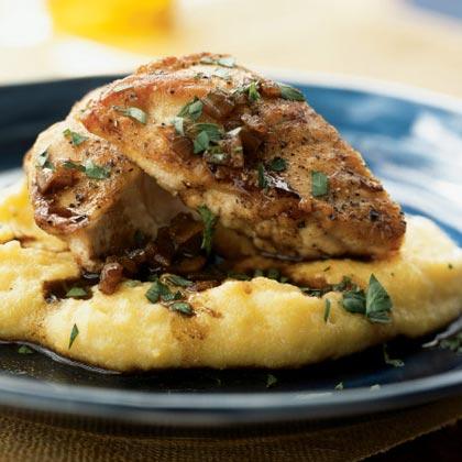 Smażone piersi z kurczaka z sosem z octu balsamicznego