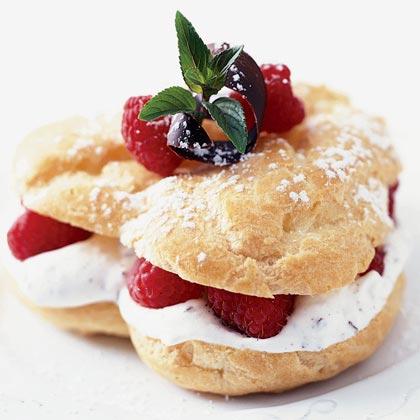 Berry Hearts with Chocolate-Orange Cream Recipe
