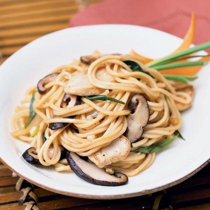 Garlic Chicken Noodles