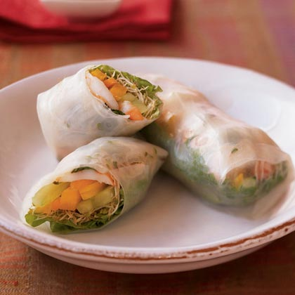 Fresh Spring Rolls with Dipping Sauce
