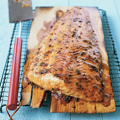 A rub made from brown sugar, cayenne, and thyme pairs perfectly with salmon and accentuates the natural flavors.Cedar-Plank Salmon Recipe