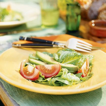 Avocado, Tomato, and Romaine Salad Recipe