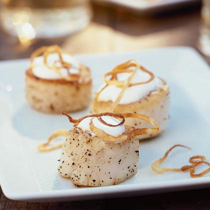 Seared Scallops with Shallots and Coconut CreamRecipe