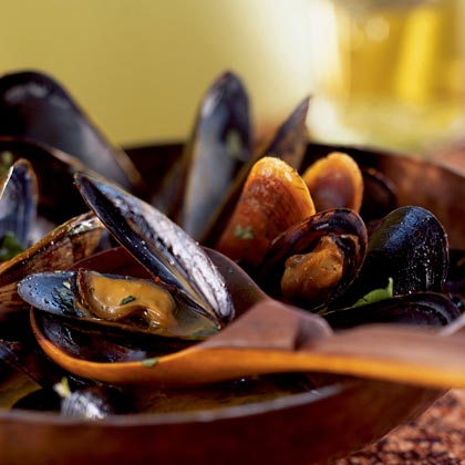 Mussels in Red Curry BrothRecipe
