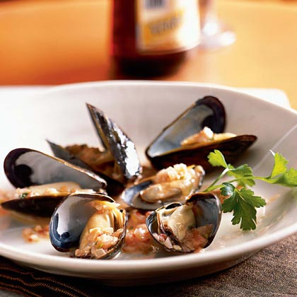 Thai-Style Mussels with Pickled Ginger