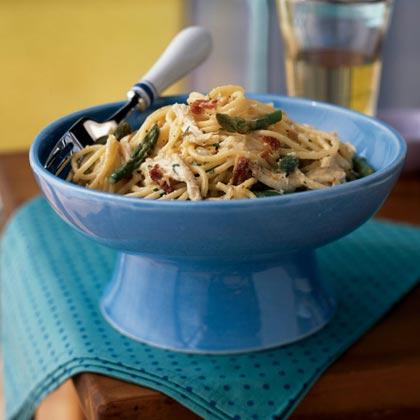 Asparagus And Chicken Carbonara Recipe Myrecipes