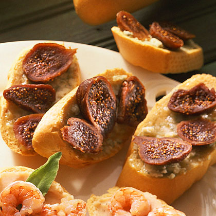 Crostini with Honey, Gorgonzola, and Figs Recipe | MyRecipes.com