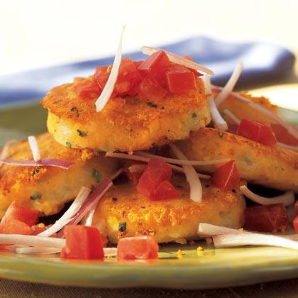Llapingachos Ecuatorianos (Ecuadorean Potato-and-Cheese Patties)