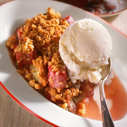 Honey-Rhubarb Crumble