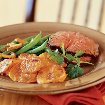 Molasses-Bourbon Beef Tenderloin