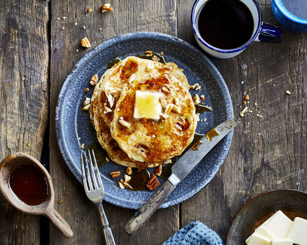 5 Spot Banana Pancakes RecipeAfter you ladle portions of the batter onto the griddle, top each pancake with a few slices of banana, then turn the cakes and cook until they're lightly browned. You'll see that these fruit-topped breakfast treats really hit the spot.
