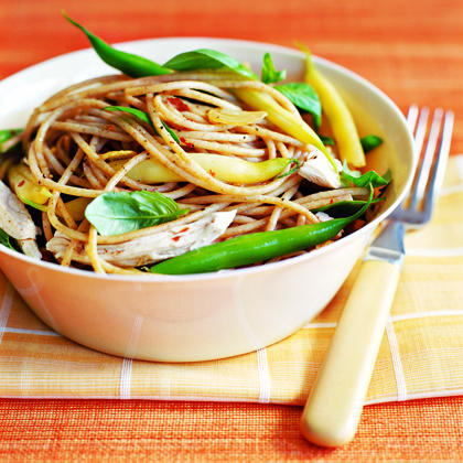 Spaghetti with Chicken and Beans Recipe