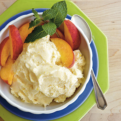 No-Cook Peach Ice Cream Recipe