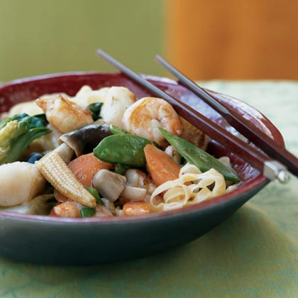 Braised Seafood and Vegetable NoodlesRecipe