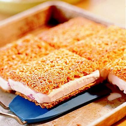 Crunchy Ice Cream-Cookie Sandwiches Recipe