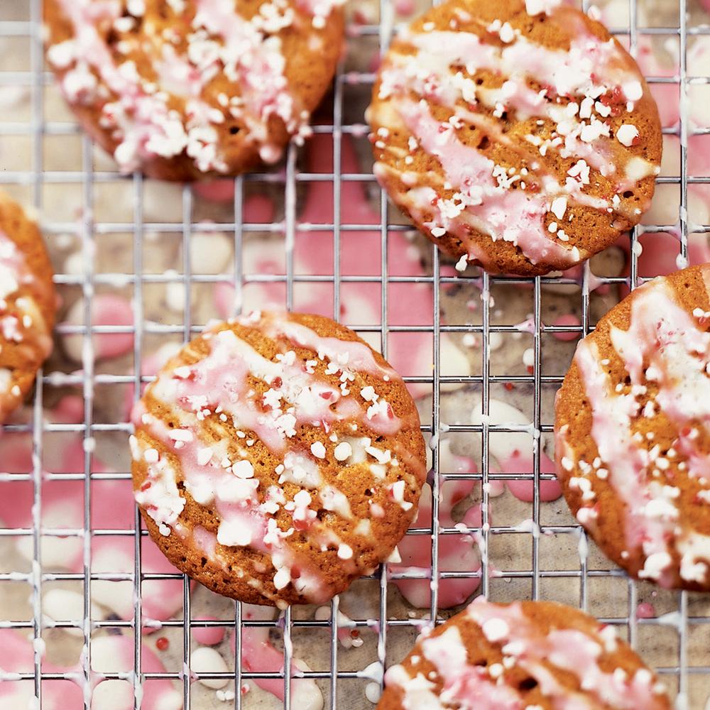 Peppermint Molasses CookiesRecipe