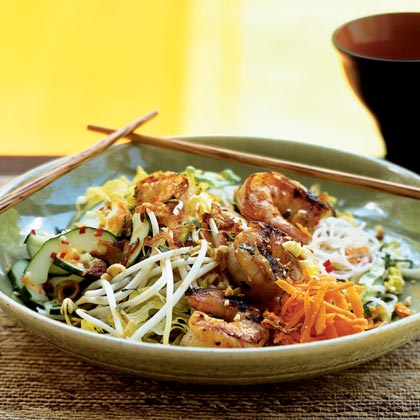 Lemongrass Shrimp over Rice Vermicelli and Vegetables (Bun Tom Nuong Xa)
