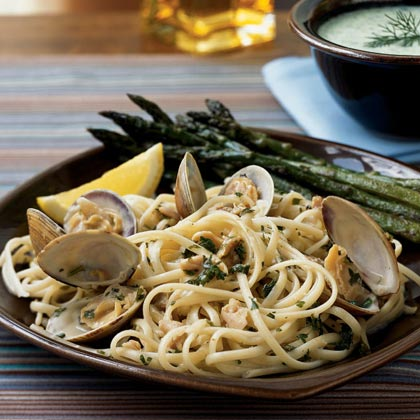 Linguine with Clam Sauce Recipe | MyRecipes