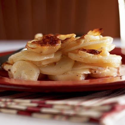 Gratin Dauphinois (Scalloped Potatoes with Cheese)Recipe