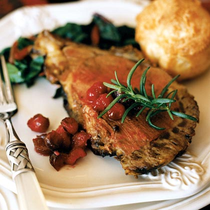 Peppercorn-crusted Standing Rib Roast