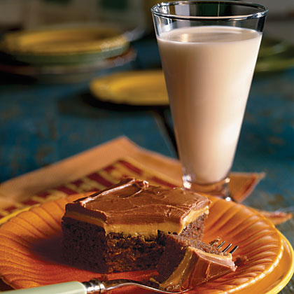 Peanut-Butter- Fudge Cake