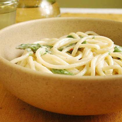 Spaghetti with Smoked Mozzarella