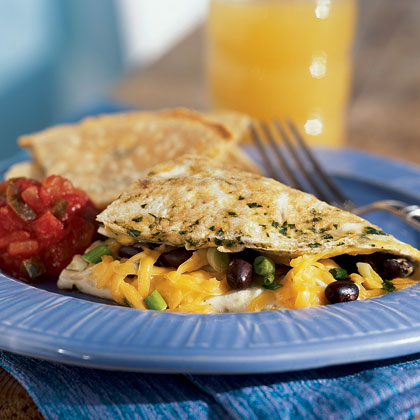 Black beans and cheddar make for a southwestern-inspired hearty omelet filling, but feel free to vary this recipe by using kidney beans or Monterey Jack cheese instead.Southwestern Omelet