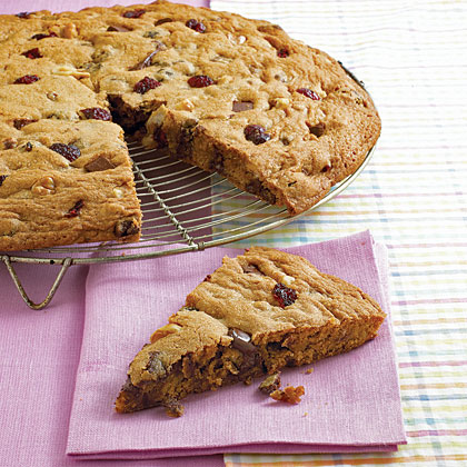 Choco-Cherry-Nut Cookie PizzaRecipe