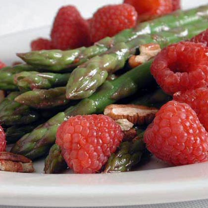 Raspberry-Asparagus Medley