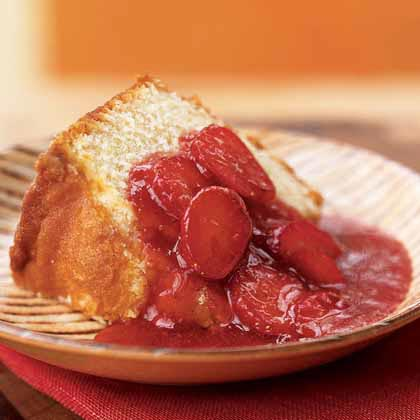 Strawberry Sauce with Caramelized Sugar and Pink Peppercorns Recipe
