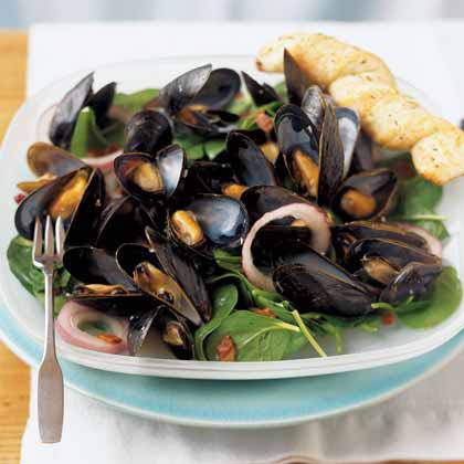Shellfish and Bacon Spinach Salad