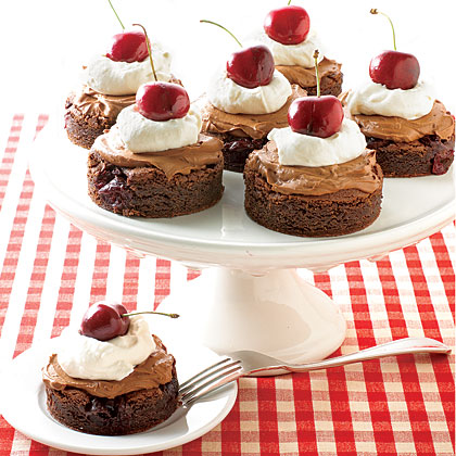 Chocolate Cherry Cakes Recipe