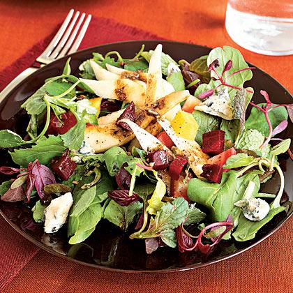 Pear, Beet, and Gorgonzola Green Salad
