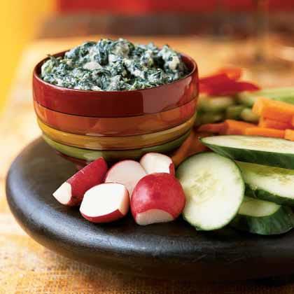 Persian Spinach and Yogurt Dip (Borani Esfanaj)