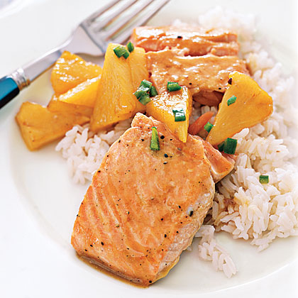 Maple-Glazed Salmon with Pineapple Recipe
