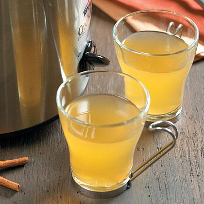 Hot Mulled Ginger-Spiced Cider