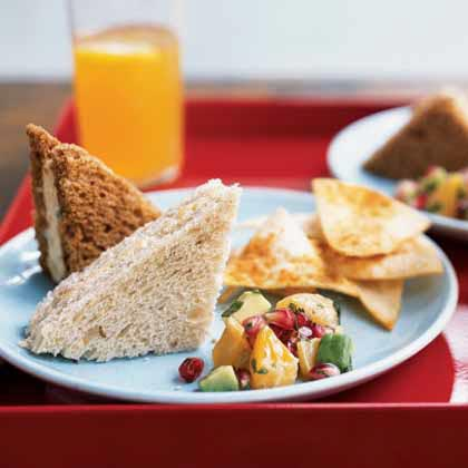 Prepare savory snacks. You and your guests will be sampling lots of cookies, so it's nice to offer some savory snacks and drinks to balance the sweets.Cookie Swap Munchies (left)Bacon and Cheddar Tea SandwichesCitrus Tea PunchPomegranate-Avocado Salsa with Spiced Chips