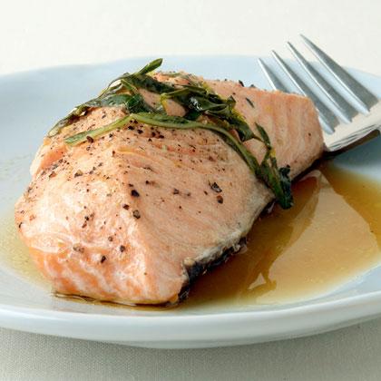 Grilled Salmon with Garlic, Lemon, and Basil