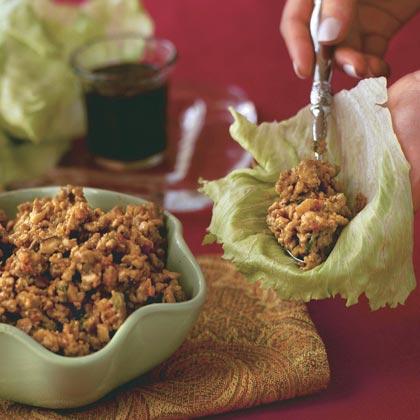 Crispy Ginger-and-Garlic Asian Turkey Lettuce Wraps Recipe