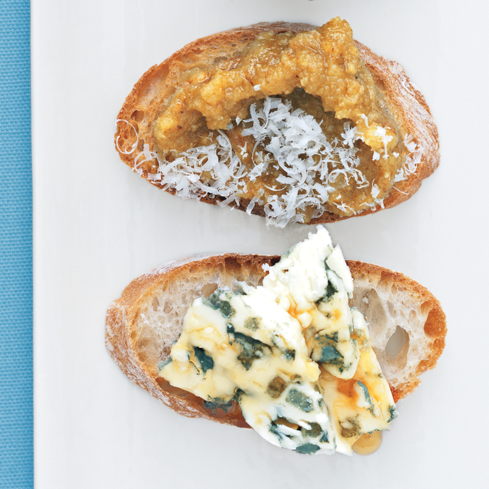 Blue Cheese and Honey BruschettaRecipe