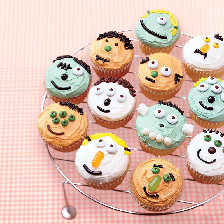 little monster cupcakes - Halloween Inspired Cupcakes