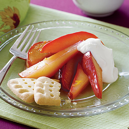 Spiced Pears with Cream