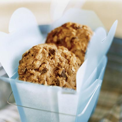 Peanut Butter-Chocolate Chip-Oatmeal CookiesRecipe