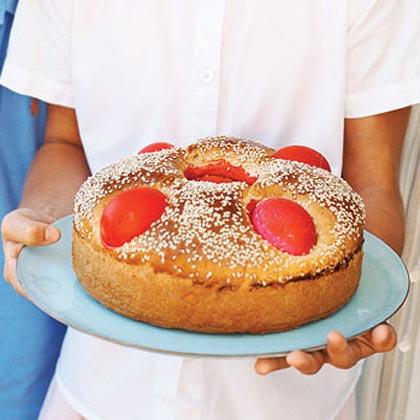 Greek Easter Bread (Lambropsomo)