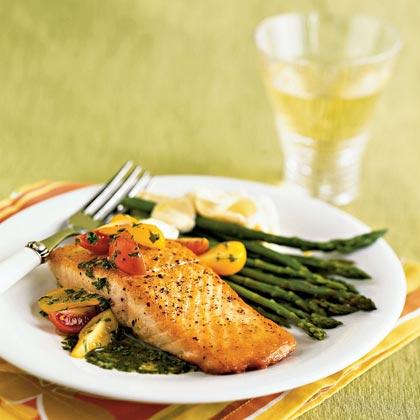 Salmon with Basil Sauce