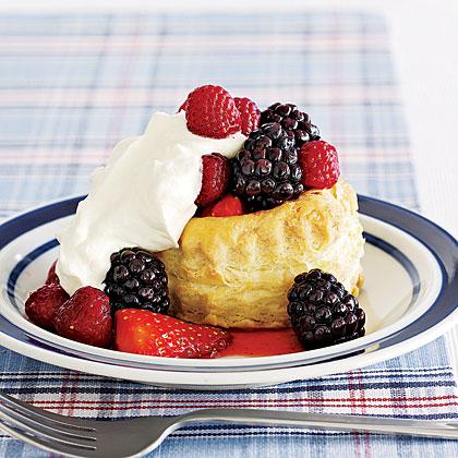 Berry and Cream Cups Recipe