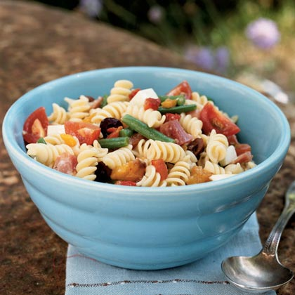 Rotini Salad with Kalamata Olive Dressing